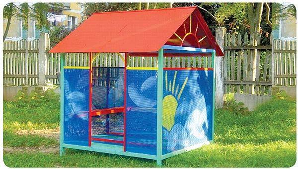 Детский домик на даче из поликарбоната фото и идеи